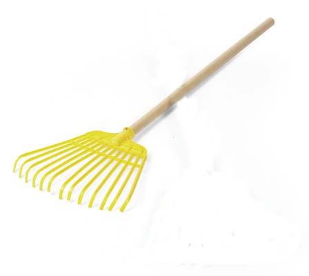 Rastrillo para hojas de madera color amarillo