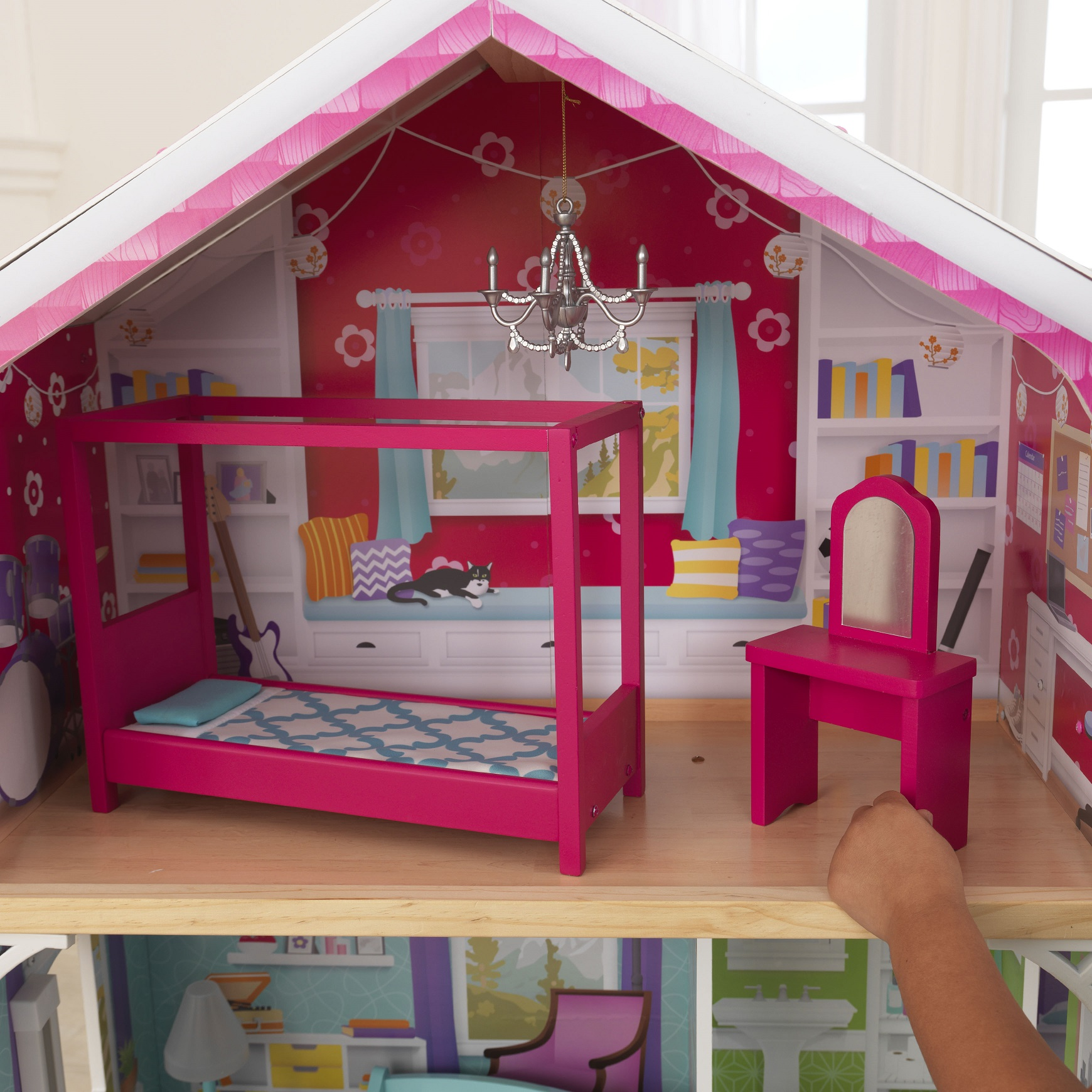 Detalle habitación principal de kidkraft casa de muñecas avery 65943