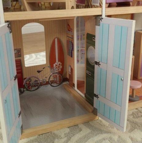Detalle del precioso trastero de kidkraft casa de muñecas gran mansion con vistas 65954 width=