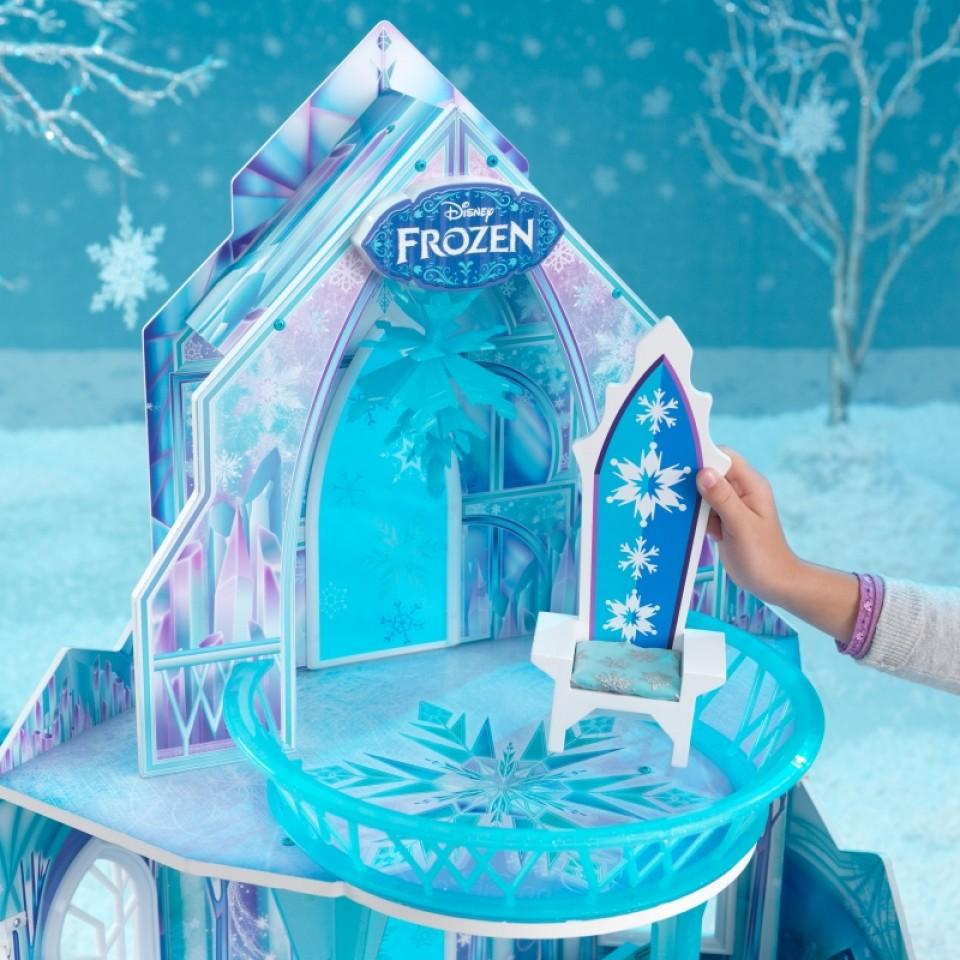 Detalle silla trono de Kidkraft casa de muñecas castillo de hielo 65881 width=