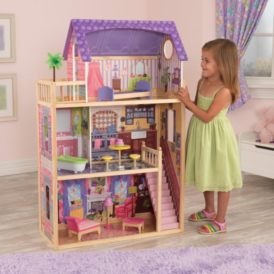 Imagen de niña jugando con Kidkraft Casa De Muñecas Kayla 65092 width=