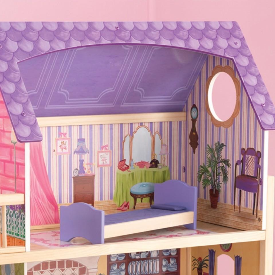 Detalle dormitorio con cama de la casa de muñecas Kayla 65092 Kidkraft