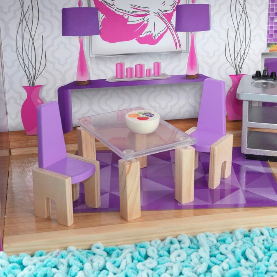 Detalle de mesas y silla de salón Kidkraft casa de muñecas luxury 65871