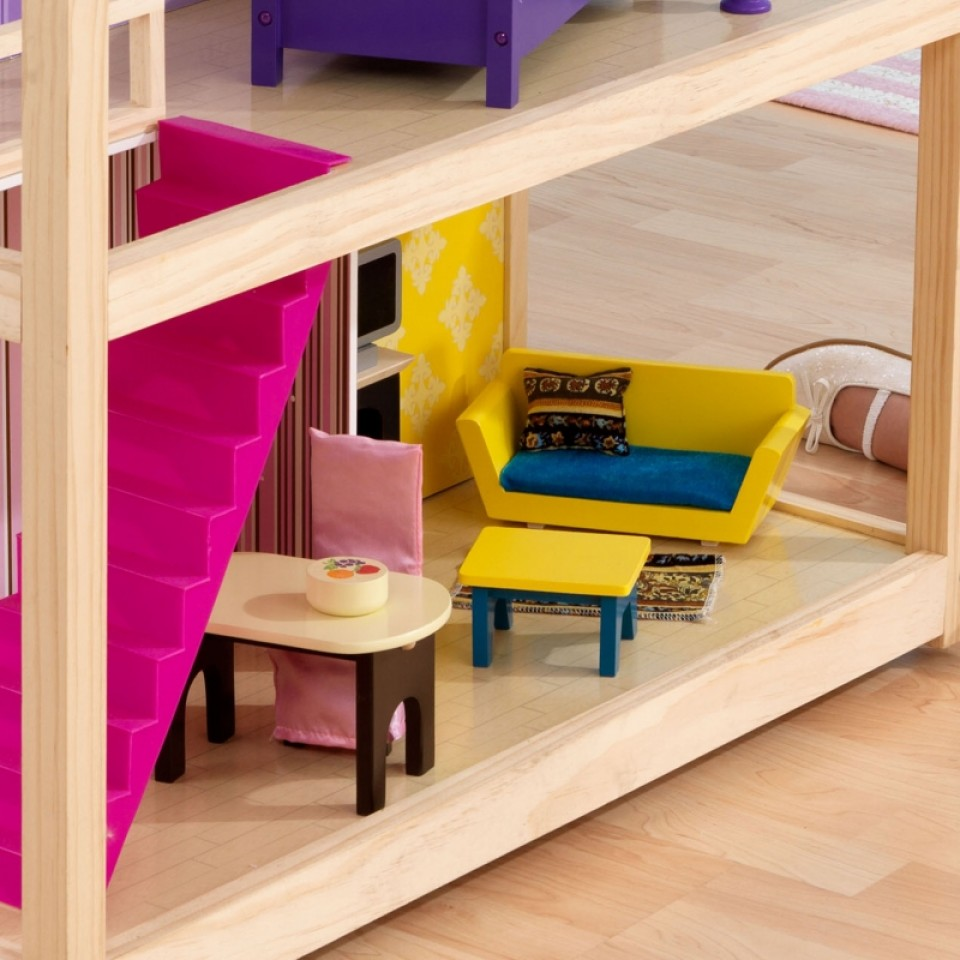 Detalle del salón con accesorios de kidkraft casa de muñecas so chic 65078