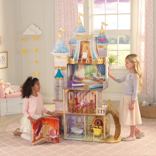 Imagen donde se pueden apreciar todos los detalles de la casa de muñecas kidkraft disney princess royal celebration 65962