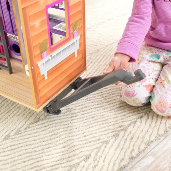 Detalle del enganche de la casa de muñecas kidkraft 65948 teeny house width=