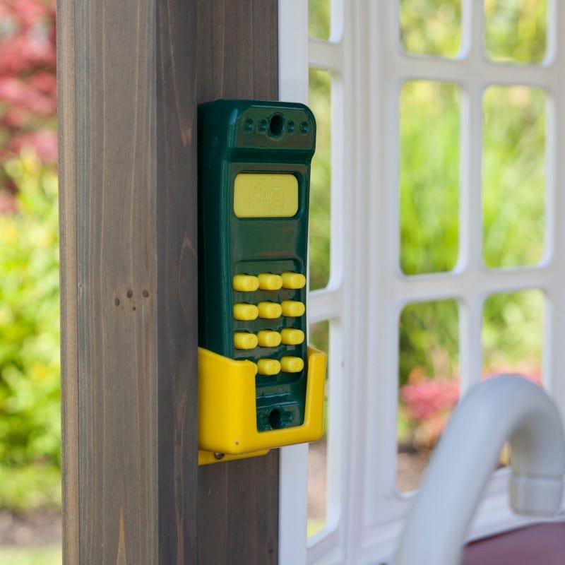 Telefono de casita de madera para exterior de niños greystone cottage - kidkraft