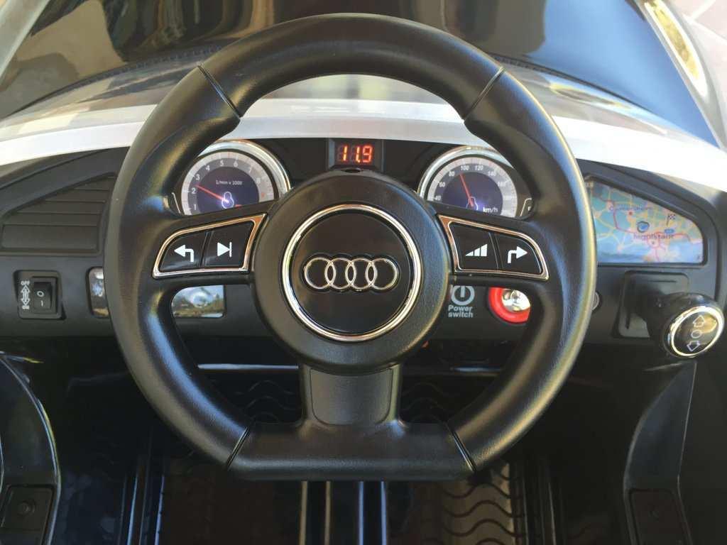 Audi RS5  12V volante width=