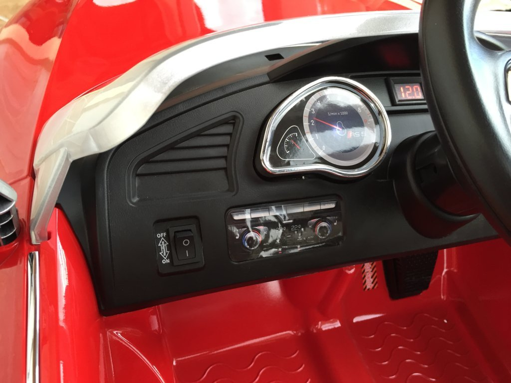 PEKECARS Audi RS5 ROJO 12V