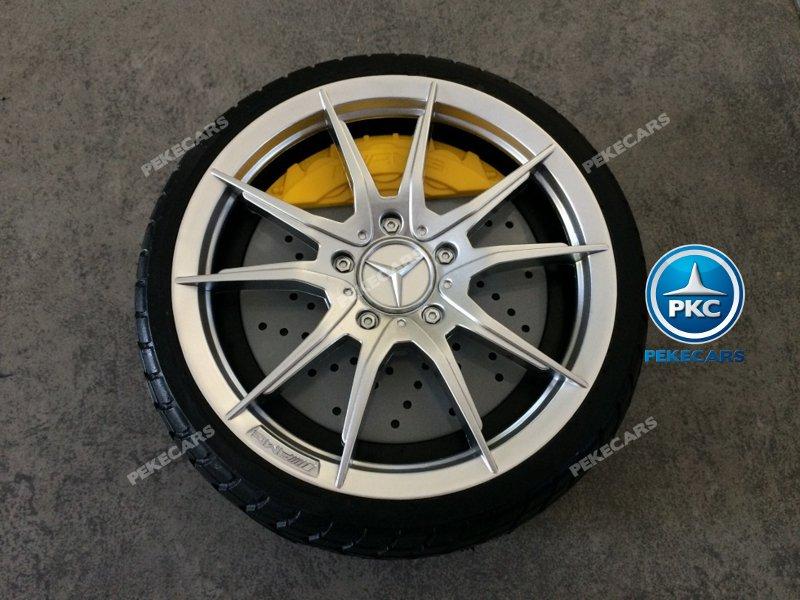 Mercedes gtr Blanco Inforchess rueda