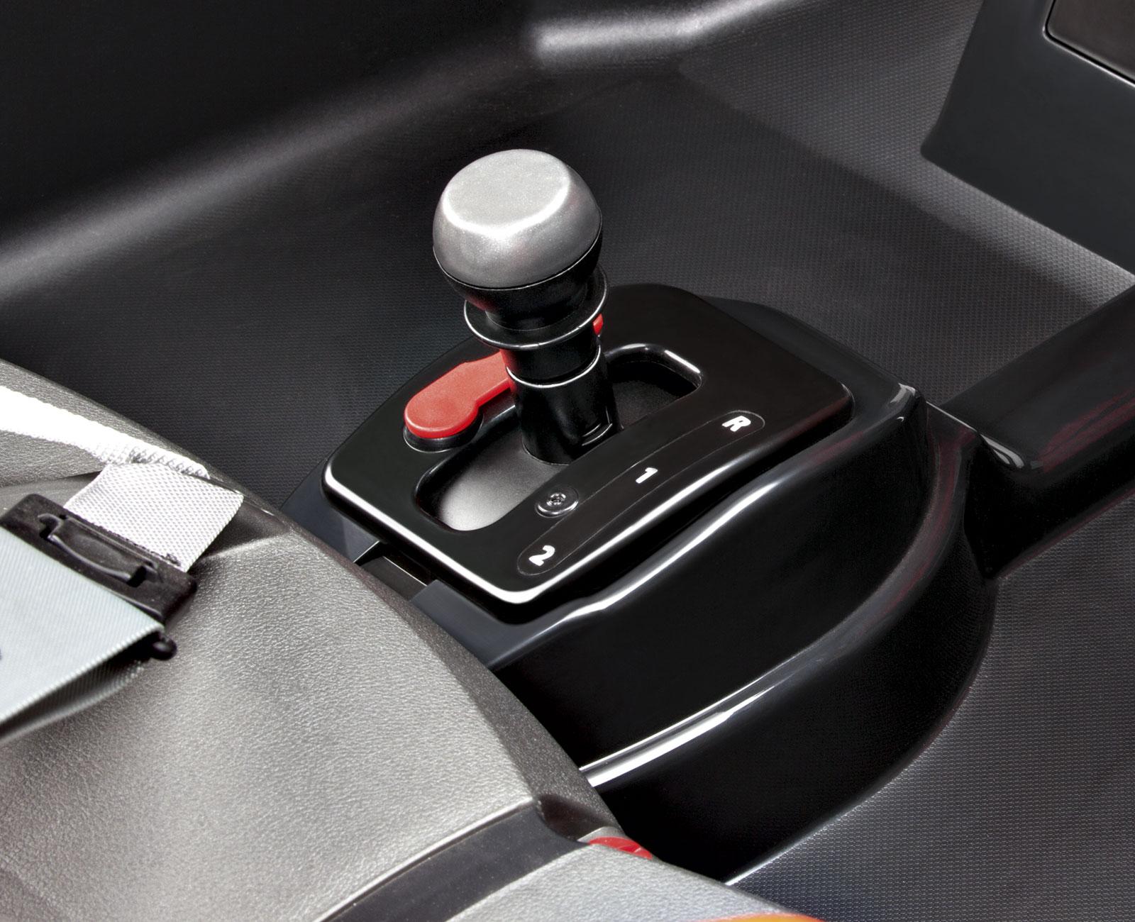 Coche Electrico Polaris 12V dos asientos volante cambio de dos velocidades y marcha atrás