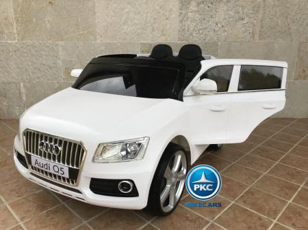 Audi Q5 12V 2.4G color blanco