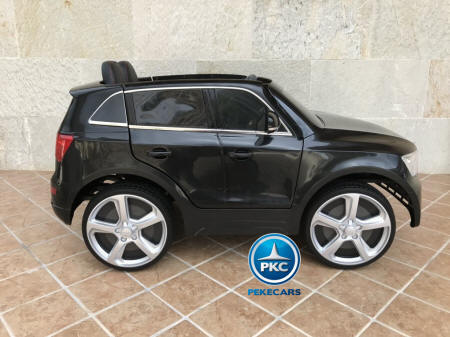 Audi Q5 12V 2.4G color negro vista lateral