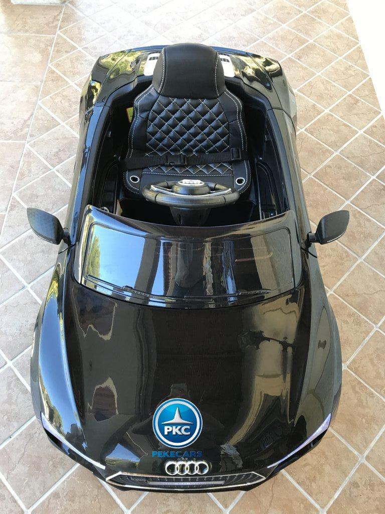 Audi R8 12V Spider para niños en color negro, vista aerea frontal width=