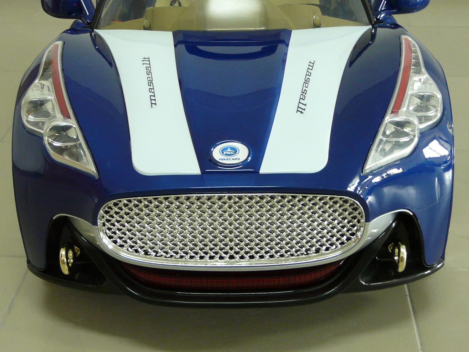 GT deportivo azul frontal width=