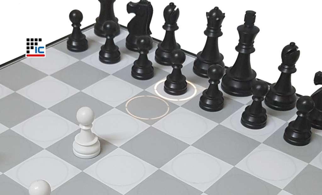 Computadora de ajedrez DGT Centauro width=