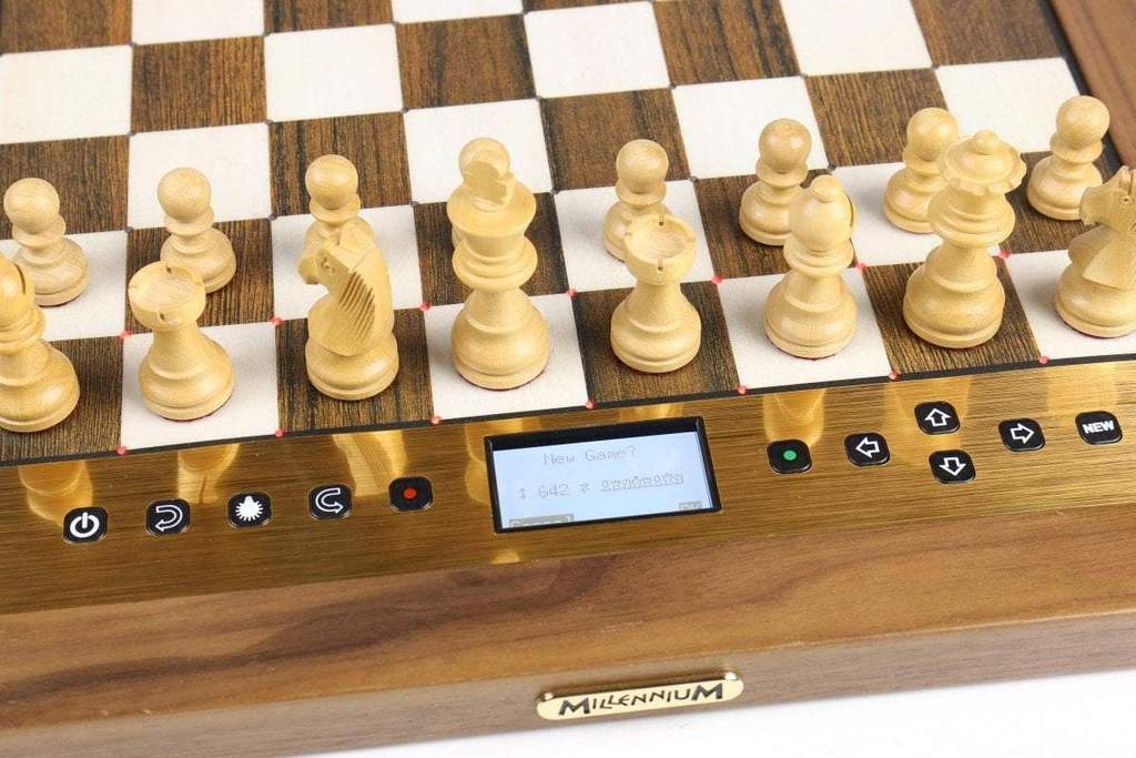 Millenium Chess Computer The King Performance