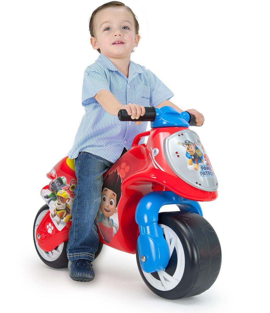 injusa moto roja
