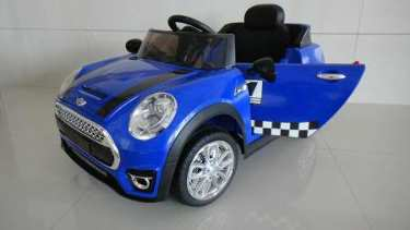 Mini luxe style 12V infantil azul con rc y mp3 Pekecars
