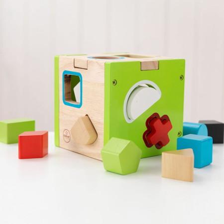 juguete de madera para niño