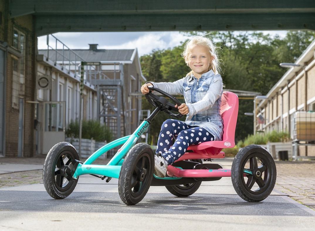 Kart Berg Buddy Lua - vista con modelo