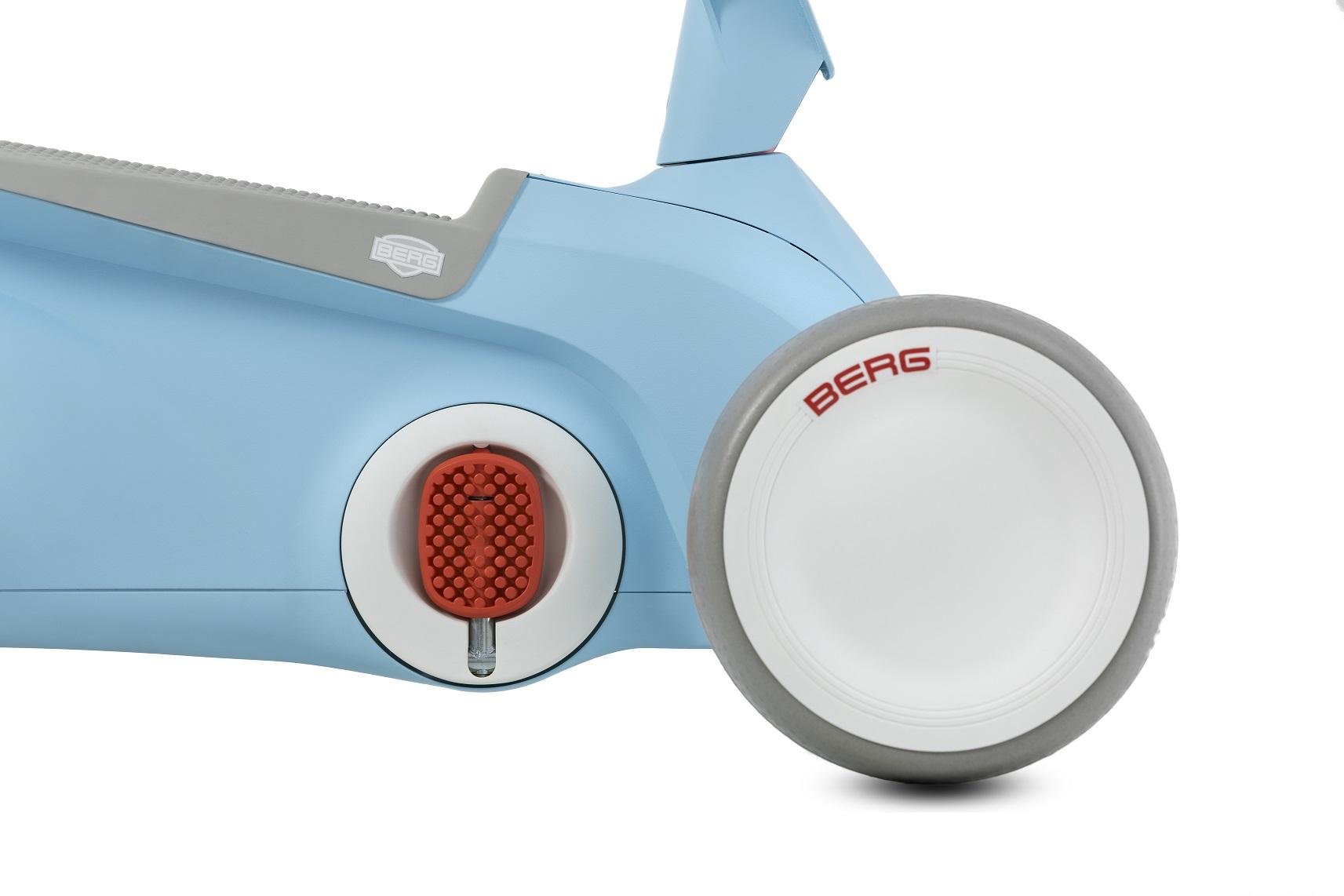 BERG GO2 AZUL - zoom pedales