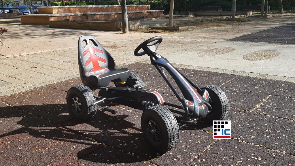 Kart a pedales racing width=