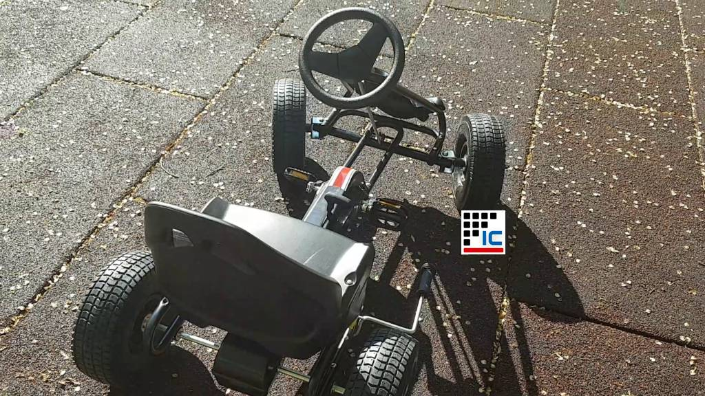 Kart a pedales Racing negro
