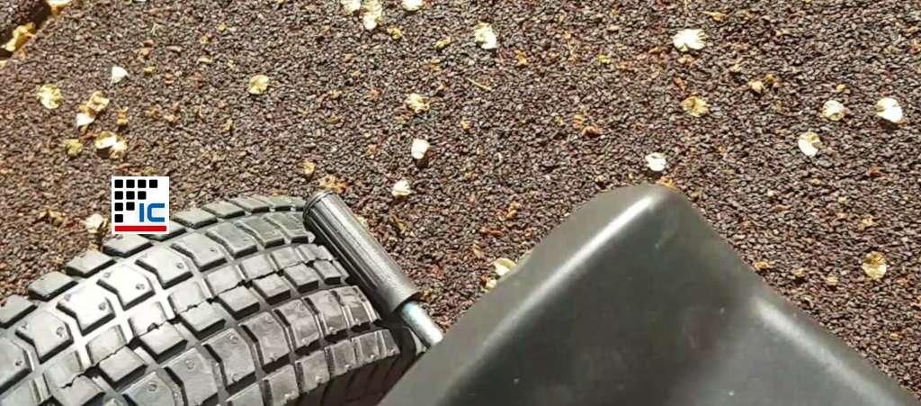 Comprar Kart a pedales Racing negro width=