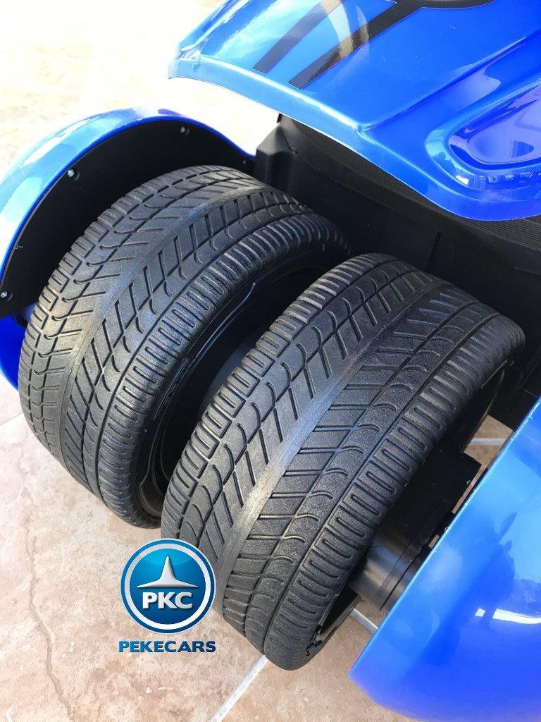Detalle de las ruedas del Pekecars go-kart 12v 2.4g rc azul width=