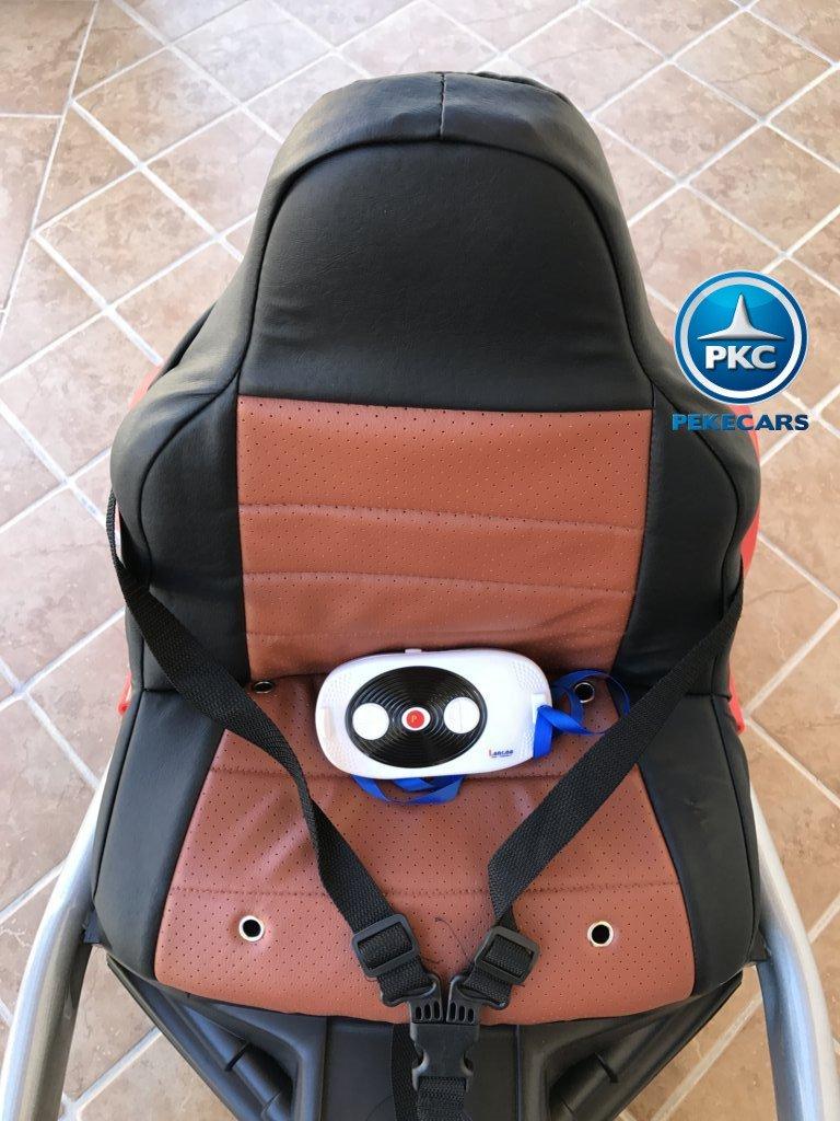 Asiento y mando del Pekecars go-kart 12v 2.4g rc rojo width=