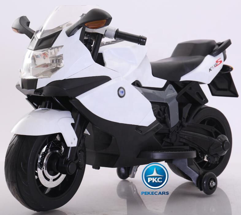 Moto BMW style K1300S blanca