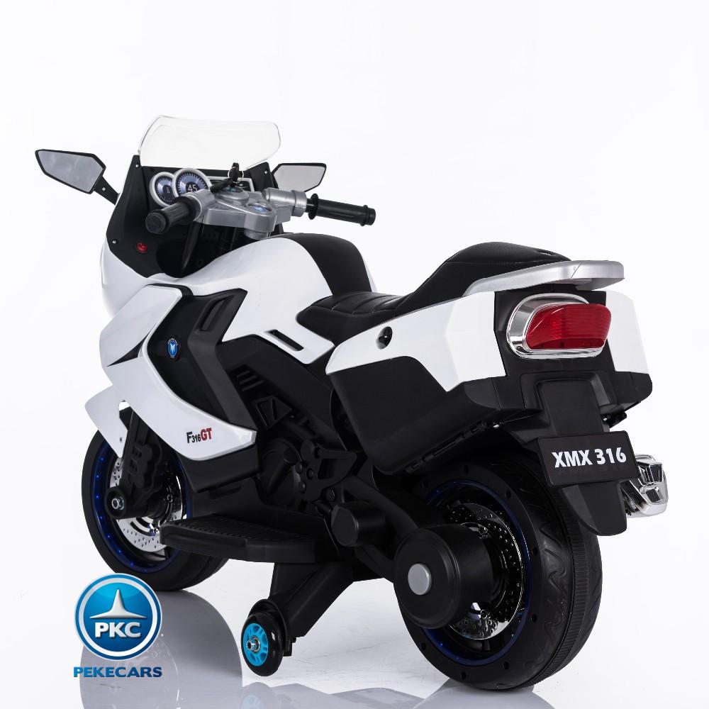 MOTO BMW STYLE C 650 BLANCA TRASERA