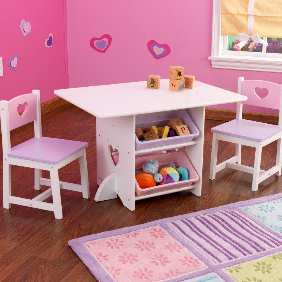 kidkraft juego de mesa y sillas modelo corazon en colores pasteles vista principal