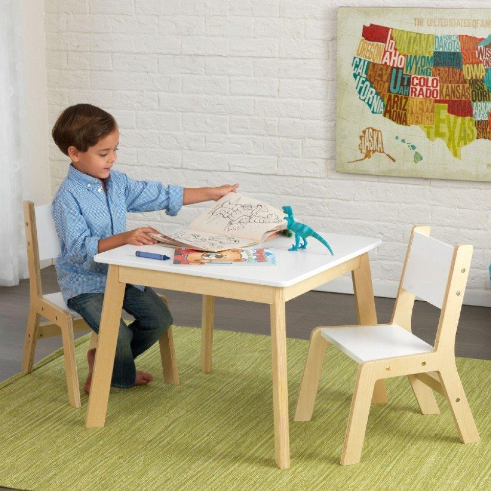 Kidkraft juego moderno de mesa y dos sillas 27025 inforchess for Muebles infantiles mesas y sillas