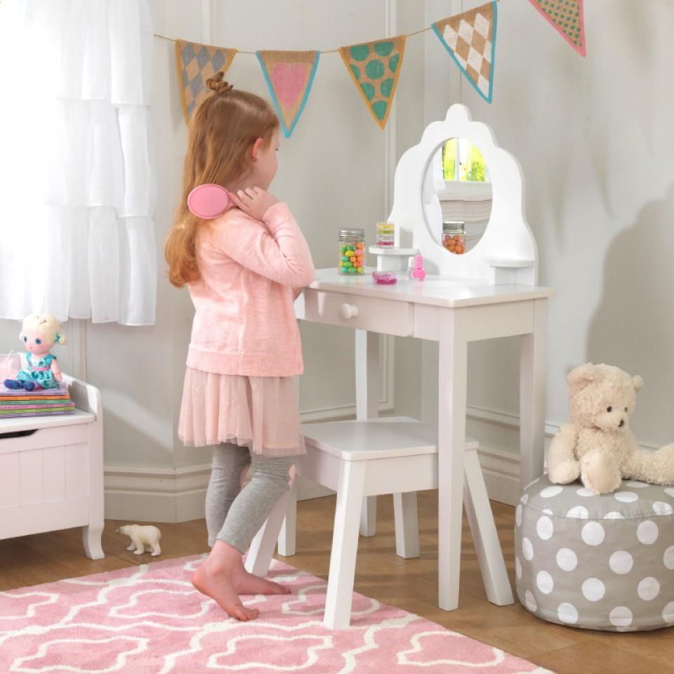 kidkraft tocador y taburete mediano 13009 inforchess. Black Bedroom Furniture Sets. Home Design Ideas