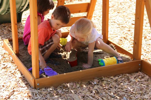 Parque infantil Ainsley Kidkraft - Arenero