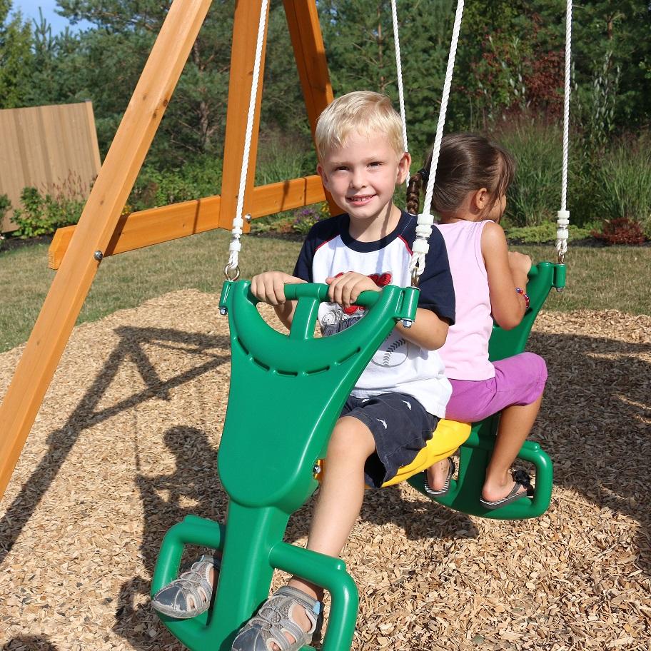 Parque para Niños de Madera Brookridge de Kidkraft - Vista asiento palanca