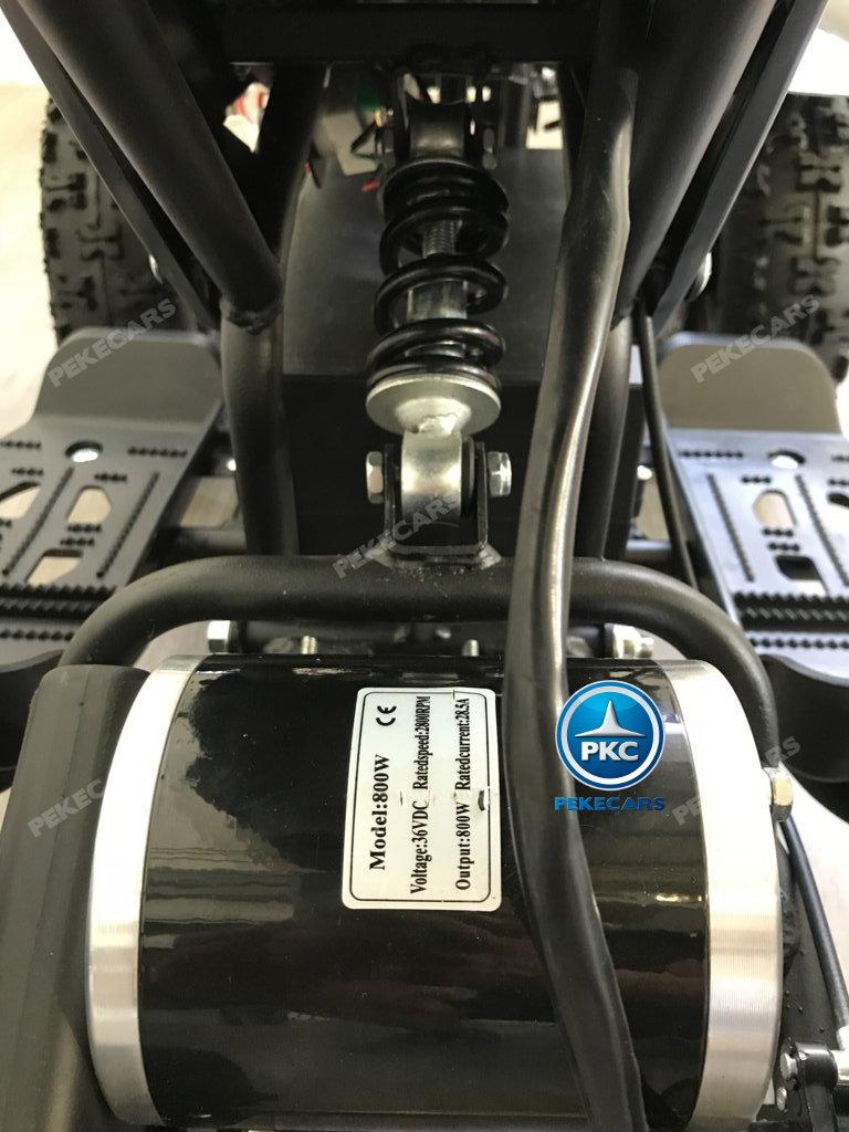 QUAD ELÉCTRICO COBRA 800W 36V NEGRO/AZUL - ZOOM AMORTIGUADOR