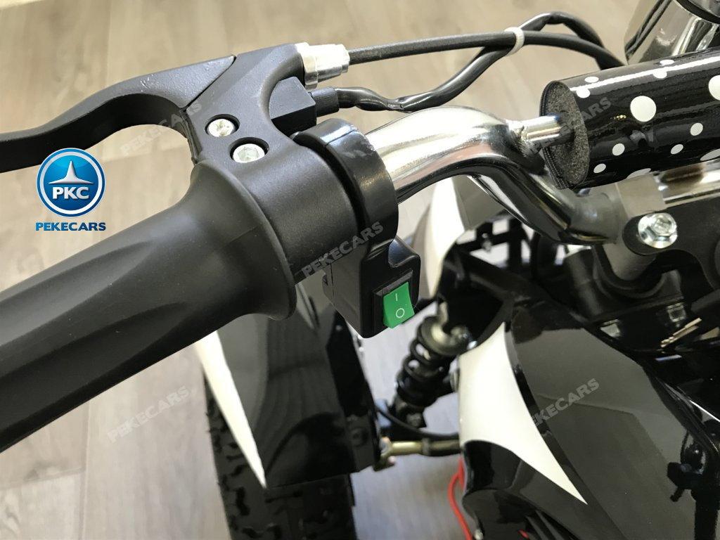 QUAD ELÉCTRICO COBRA 800W 36V BLANCO - boton de encendido de las luces width=