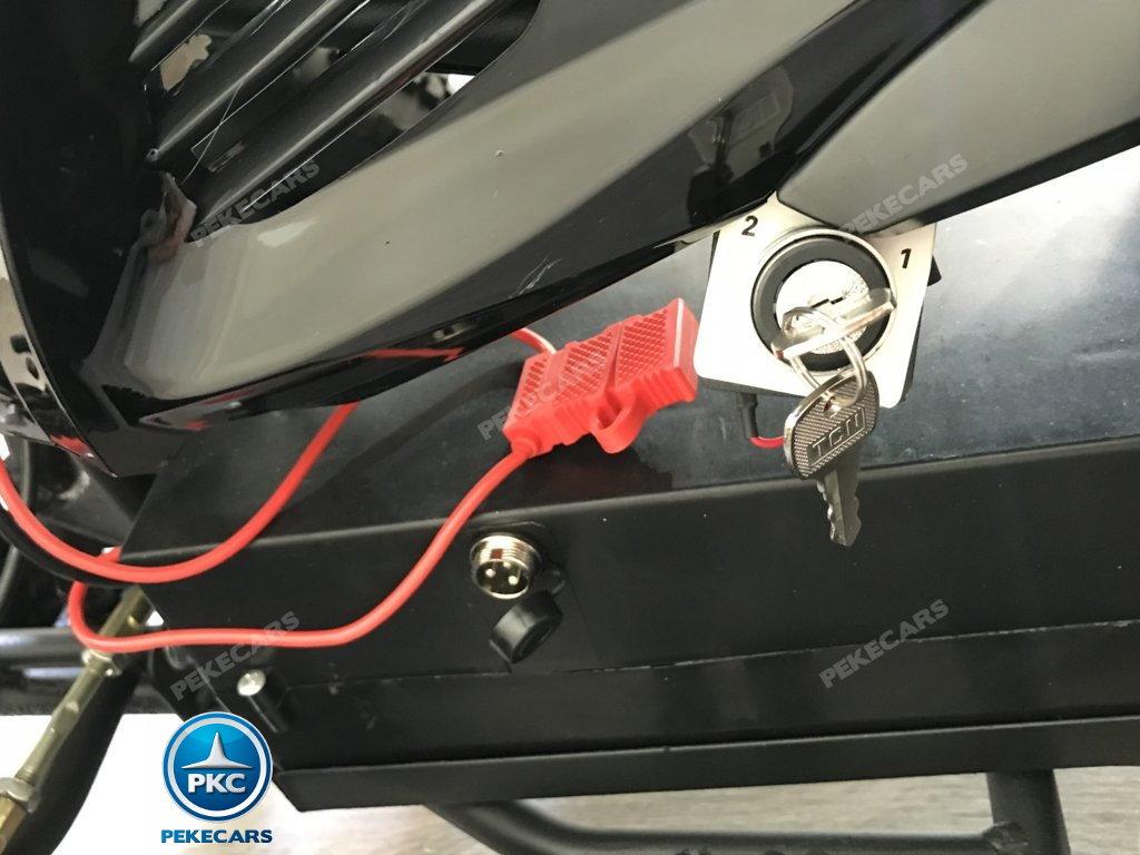 QUAD ELÉCTRICO COBRA 800W 36V BLANCO- llave de control de velocidad y punto de carga