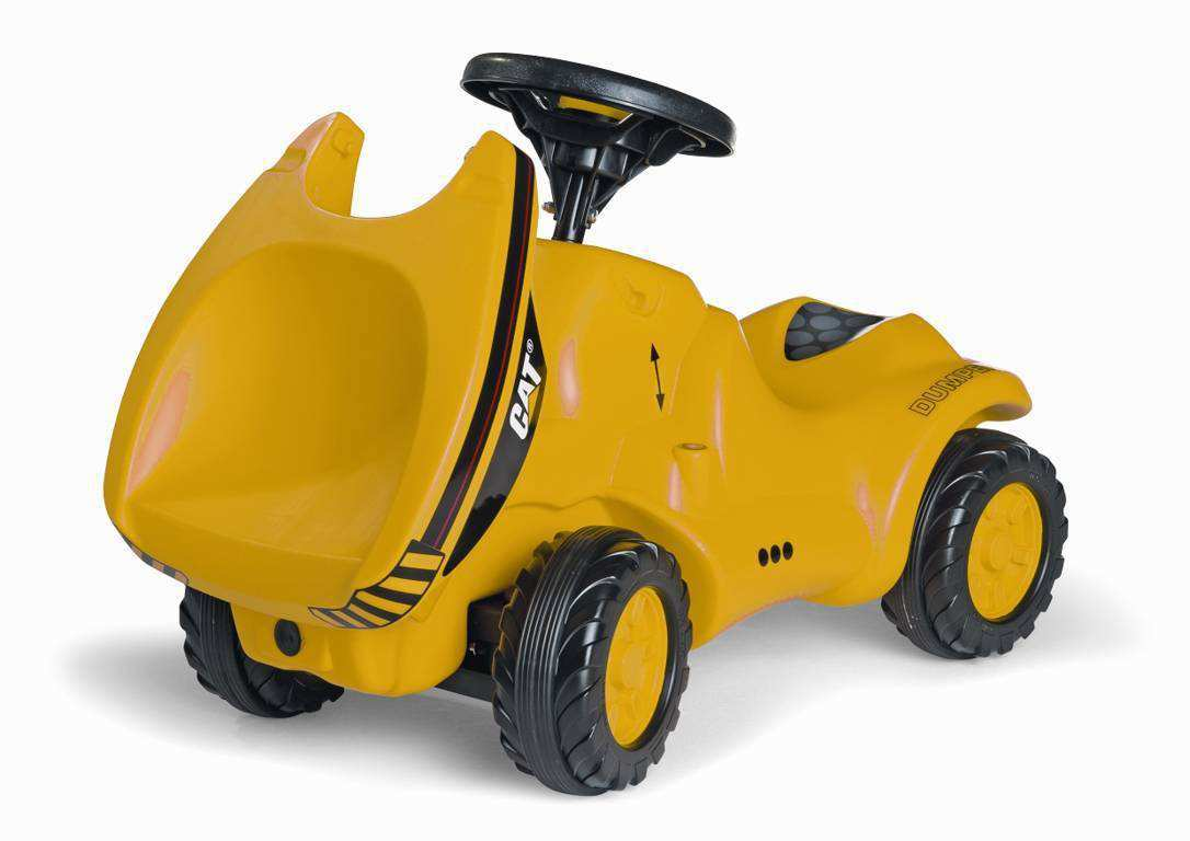 Detalle del capó abierto mini tractor cat dumper