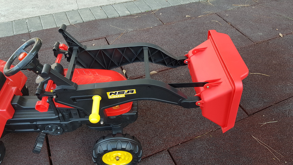 TRACTOR A PEDALES FULL OPTIONS - PALA RECOGIDA