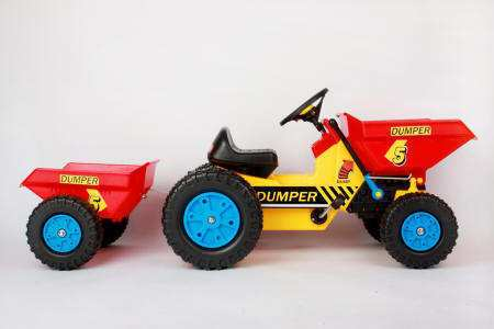 Tractor dumper a pedales inforchess con remolque