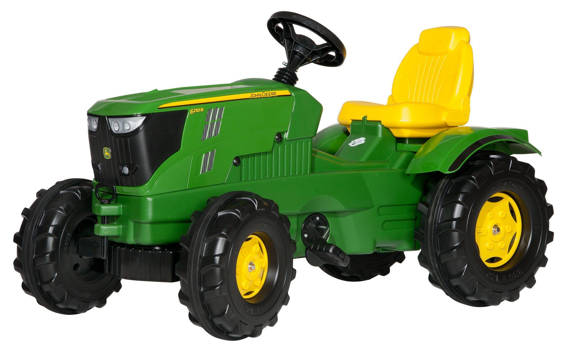 Tractor John Deere 6210 R de gran realismo width=