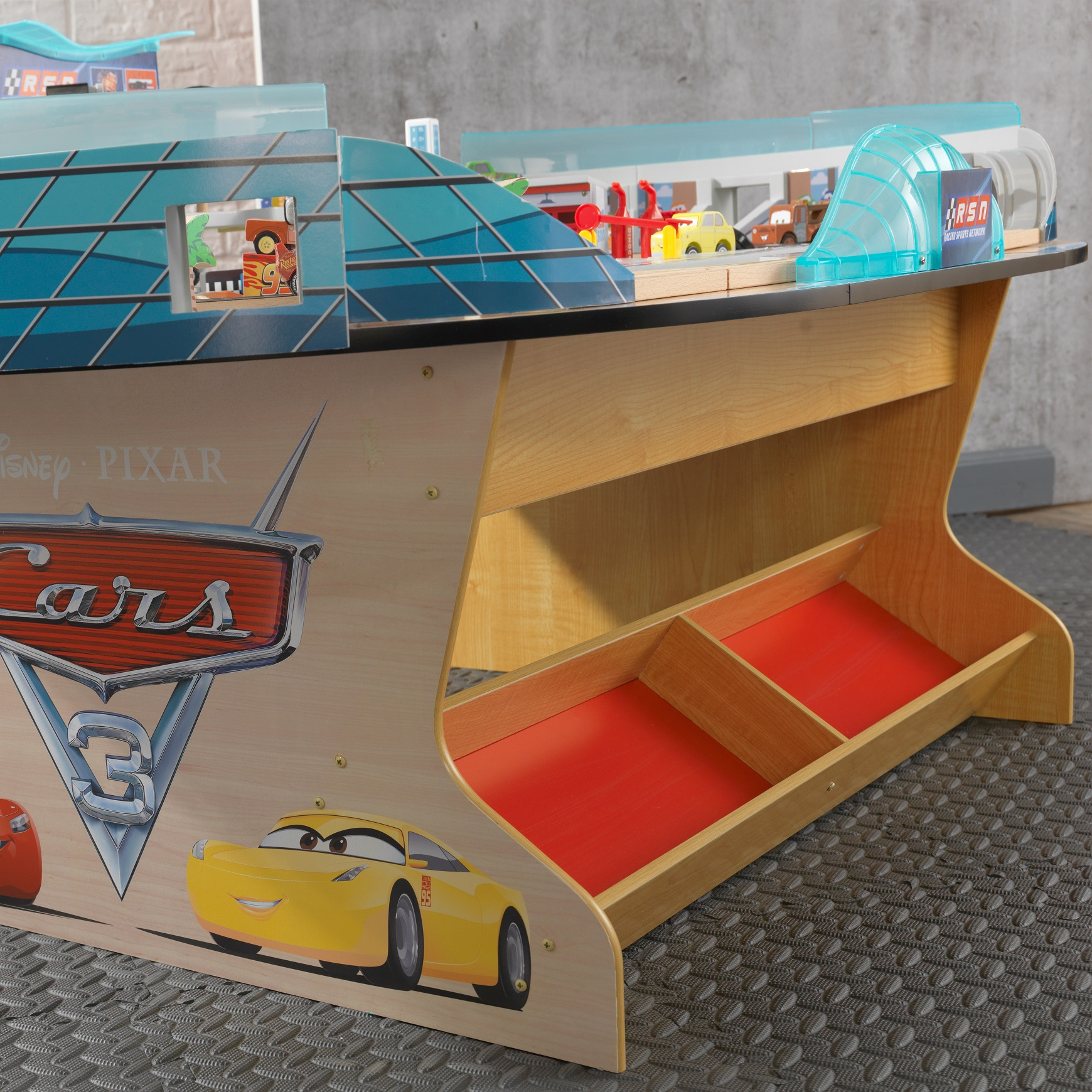 Autodromo internacional de florida disney® pixar cars 3 18014-2