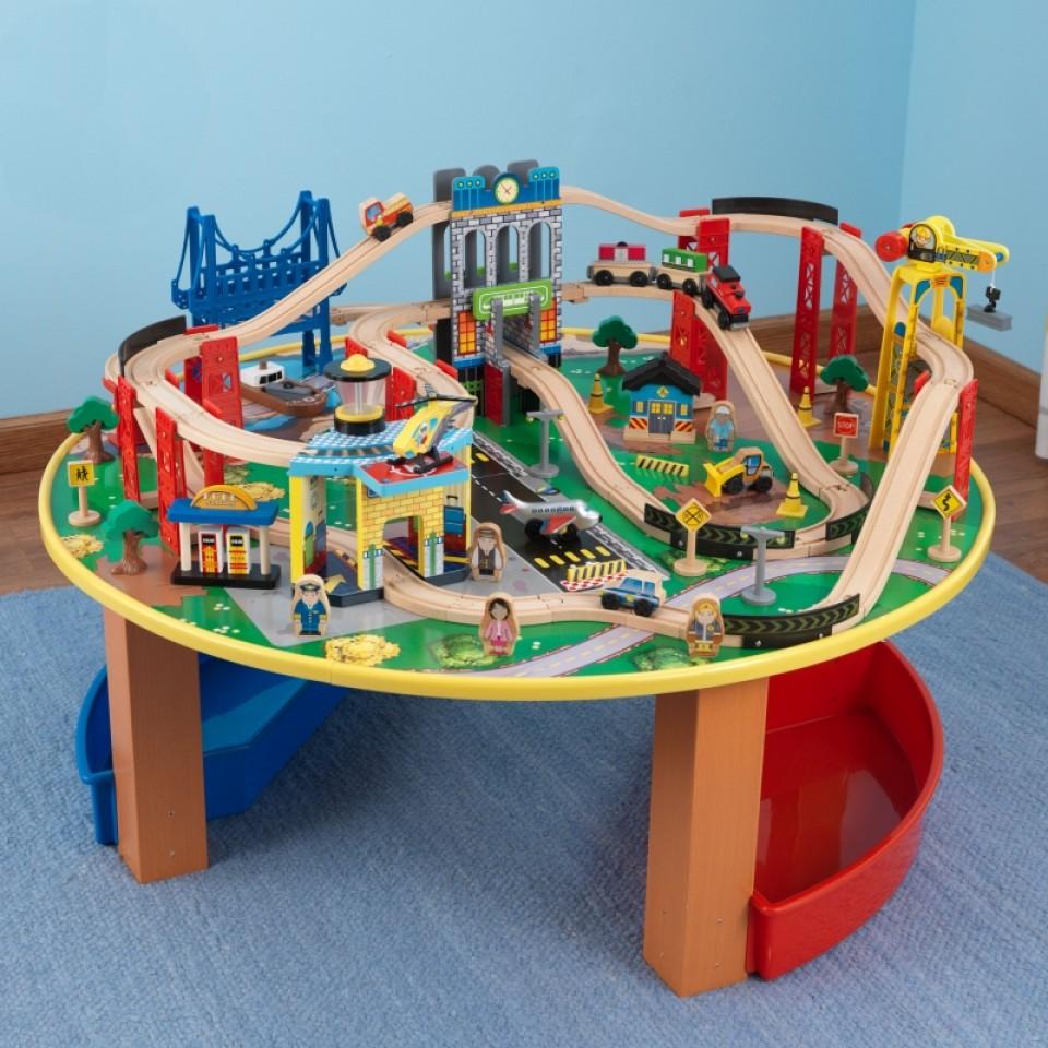 kidkraft juego de mesa de madera con circuito para trenes explorador de la ciudad 17985