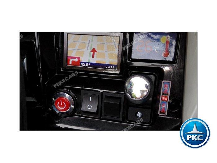 Detalle botones y accesorios del tren eléctrico infantil pekecars 12v blanco width=