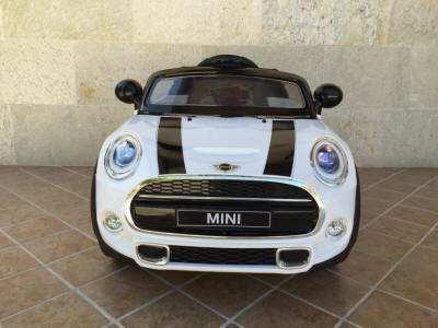 mini hatch blanco frontal width=