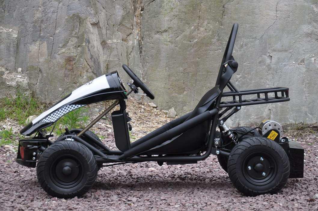 Vista lateral izquierda del kart eléctrico 500w 36v black pekecars